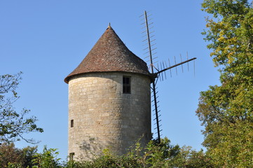 Moulin ancien