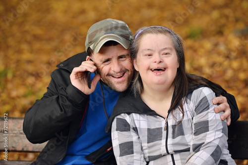 Down syndrome love couple - 72119672