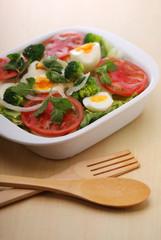 野菜サラダの盛り合わせ イメージ
