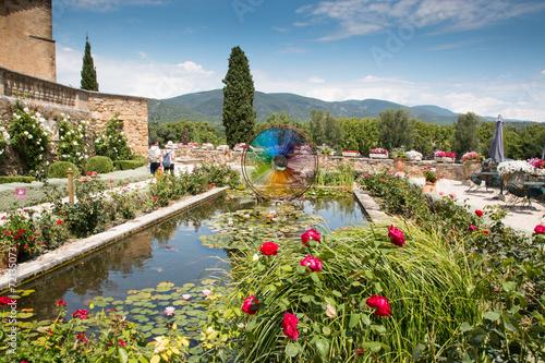 Papiers peints Jardin Château de Lourmarin, Luberon, Provence