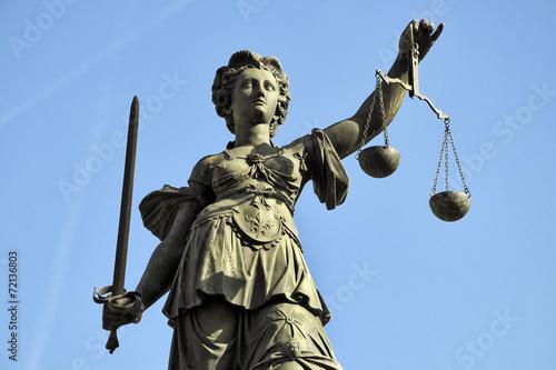 Tuinposter Standbeeld Gerechtigkeitsgöttin