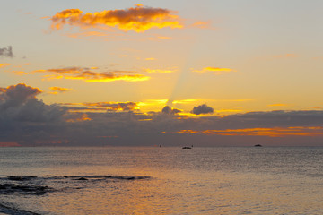 coucher de soleil, Anse aux Anglais, île Rodrigues