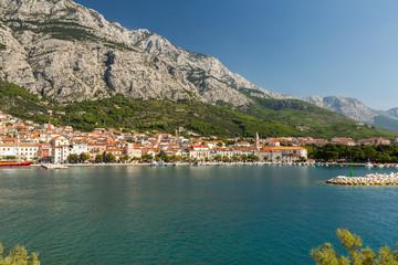 Baie de Makarska -  mer et montagne