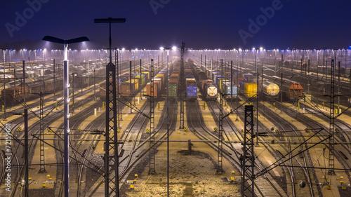 Leinwandbild Motiv Güterbahnhof