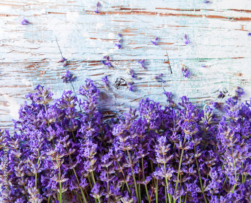 Foto op Canvas Lilac Fresh lavender on wood