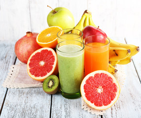 Fruit and vegetable juice and fresh fruits