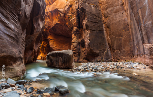 Leinwanddruck Bild The Narrows trail, Zion national park, Utah, Zion National Park,