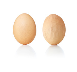 Concept eggs, smooth and wrinkled