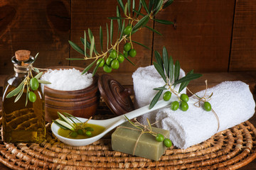 aroma spa with green olives