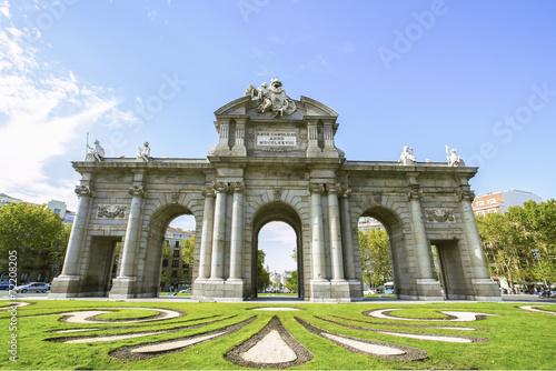 Foto Spatwand Madrid The Puerta de Alcala in Madrid