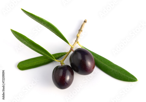black raw olives with leaves