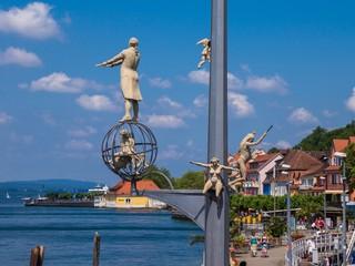 Meersburg magische Säule an Hafeneinfahrt