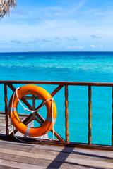 Rest in Paradise - Malediven - Hütte am Meer mit Rettungsring