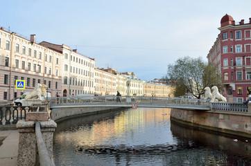 Санкт-Петербург. Львиный мост через канал Грибоедова