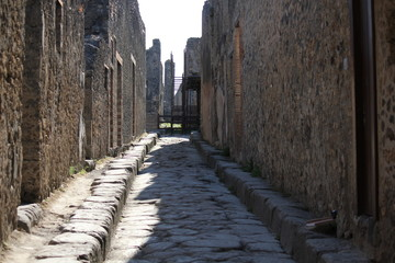 Pompei Street, cobblestone walkway