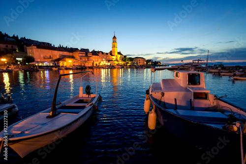canvas print picture Sutivan Town in dusk
