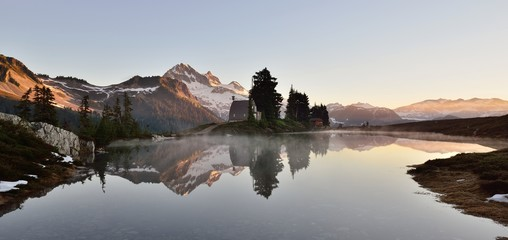 Elfin Lake sunrise