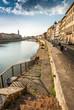 Veduta dei Lungarni di Pisa, scalinata argine, centrostorico