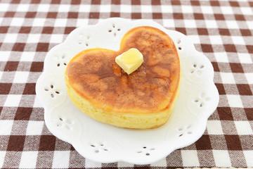 ハート型パンケーキ