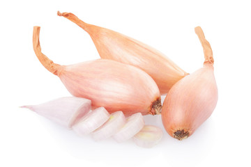Shallot onions and slices on white, clipping path