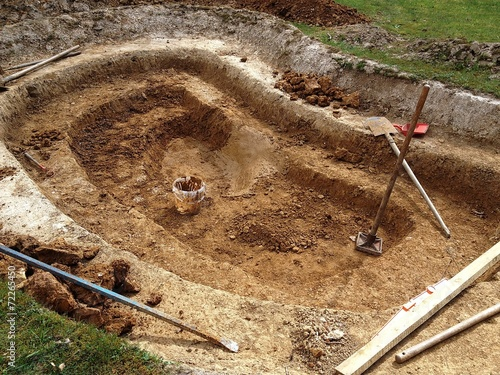 Construction d'un bassin de jardin - 72265450