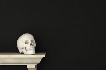 Schädel auf Regal zu Halloween vor Schwarz