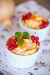 sweet pumpkin porridge with berries