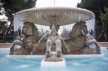 Fontana ghiacciata a Rimini