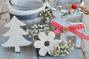 Mooie grijs met witte kerstdecoratie