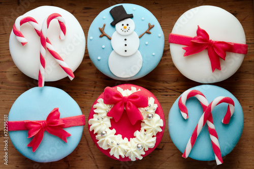 canvas print picture Christmas cupcakes
