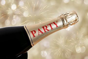 party auf sektflasche