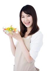サラダを持った女性