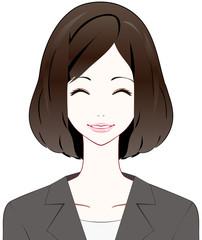 スーツの女性 笑顔