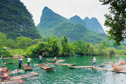 Leinwanddruck Bild Flösser au dem Li-Jiang