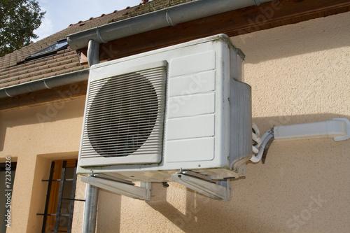 climatiseur extérieur - 72328226