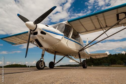 Leinwanddruck Bild Motorflugzeug