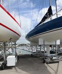 Maintenance et gardiennage de voiliers.