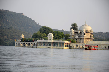 Promenade en bateau sur le lac Pichola (Udaipur)