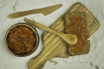 bread with carrot jam
