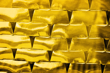 Gold invest business bricks
