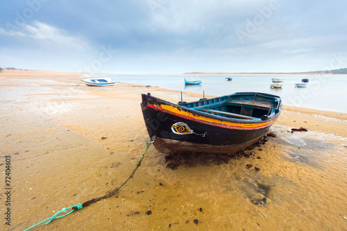 Boats at beach - 72404603