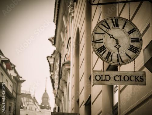 Foto op Canvas Praag Old clock shop in a Prague