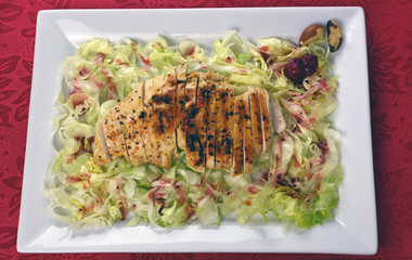 Grilled Chicken Breast Salad With Raspberry Vinaigrette