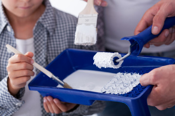 Paint tray and paintbrushes