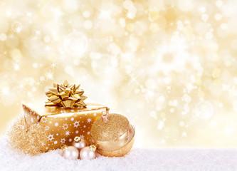 Weihnachtsgeschenk vor Gold