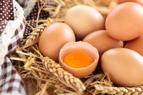 Farmers eggs. - 72450263