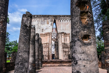 Ruins of the buddhist Wat Sri Chum Temple, Thailand