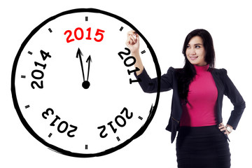 Female entrepreneur makes annual clock