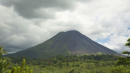Timelapse video of clouds around vulcano Arenal in Costa Rica