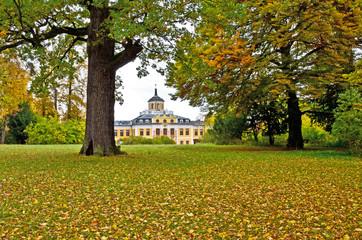 Schloss Belvedere bei Weimar im Herbst, Thüringen Deutschland